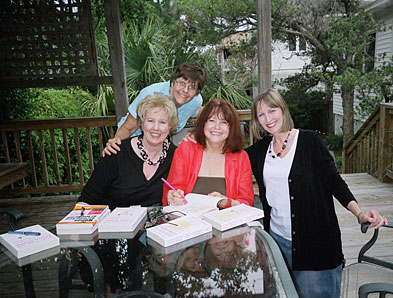 Zona Rosa Tybee 2007 - Rosemary Daniell, others are jane and Nancy; photo credit is Bess Chappas